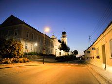 Herrnbaumgarten bei Nacht