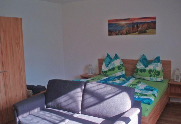 Familie Hösl - Ferienwohnung Almblick - Schlafzimmer