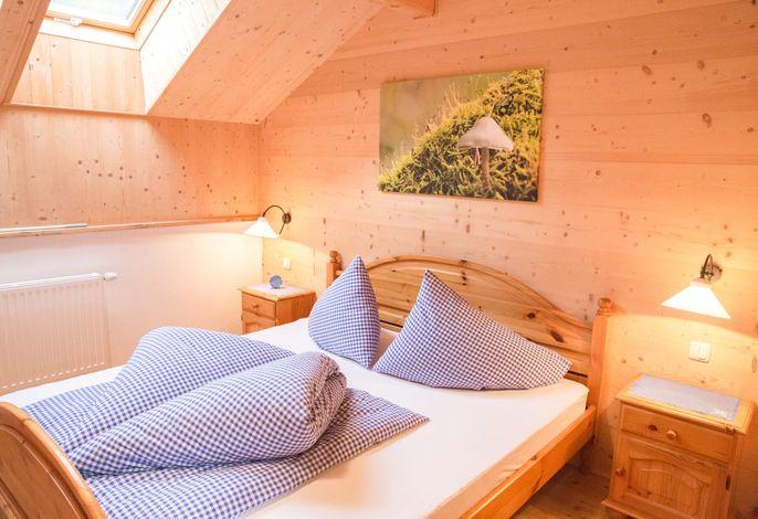 Bauerngartl Schlafzimmer
