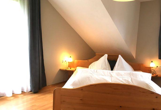 Mondschein Schlafzimmer1