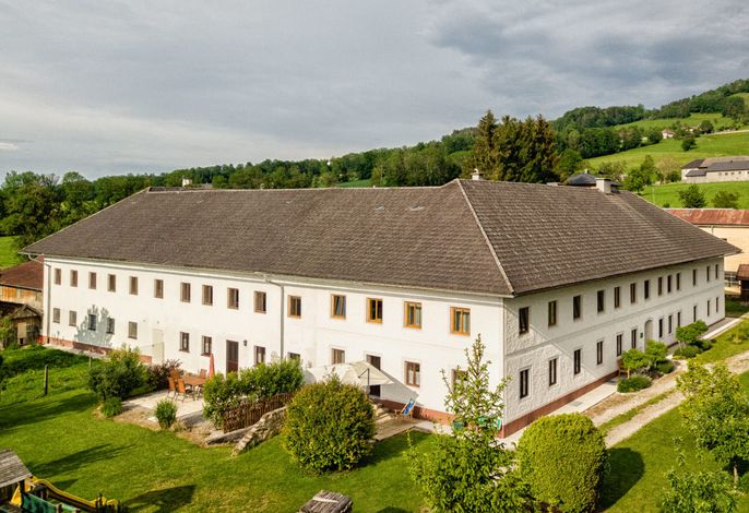 Ferien- und Ziegenhof Hebesberger - Ferienwohnungen
