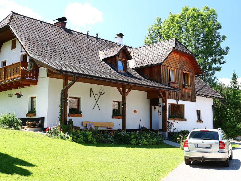 "Ferienhof Breitenbaumer ""Zick am Berg"""
