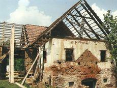 Presshaus vor der Renovierung