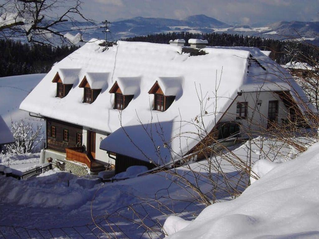 Hofer im Schnee