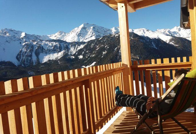 Balkon mit traumhaftem Panoramablick der Veitenhof Tirol