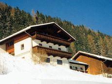 Alpine farm Gröbenhof Fulpmes im Stubaital
