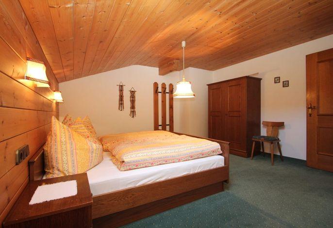 Doppelbett Ferienwohnung Wiedersbergerhorn