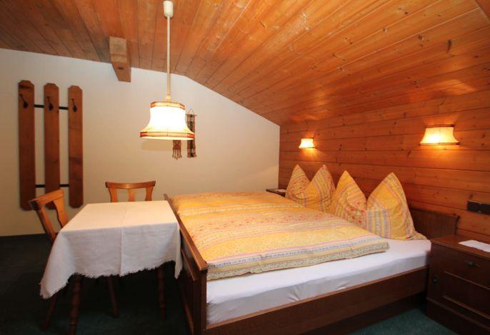Doppelbett Ferienwohnung Gratlspitz