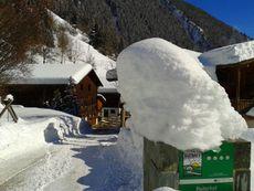 Einfahrt Ortnerhof Winter