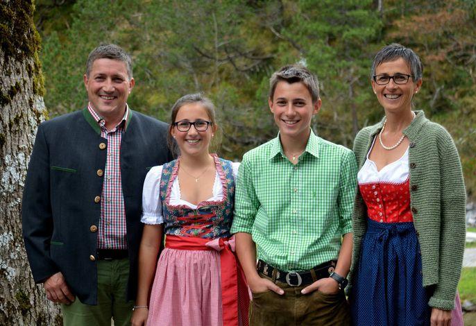 Familie Metzler Elfriede Schwarzenberg