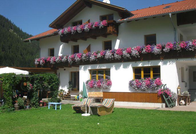 Haus mit Garten und teils überdachte Terasse, Haus Renate Kaunertal, Tirol