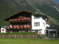 Gästehaus Helga Längenfeld
