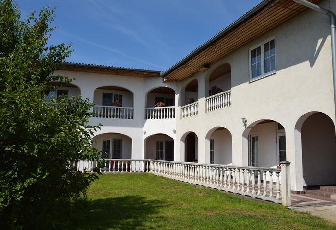 Rosenhof Appartementhaus