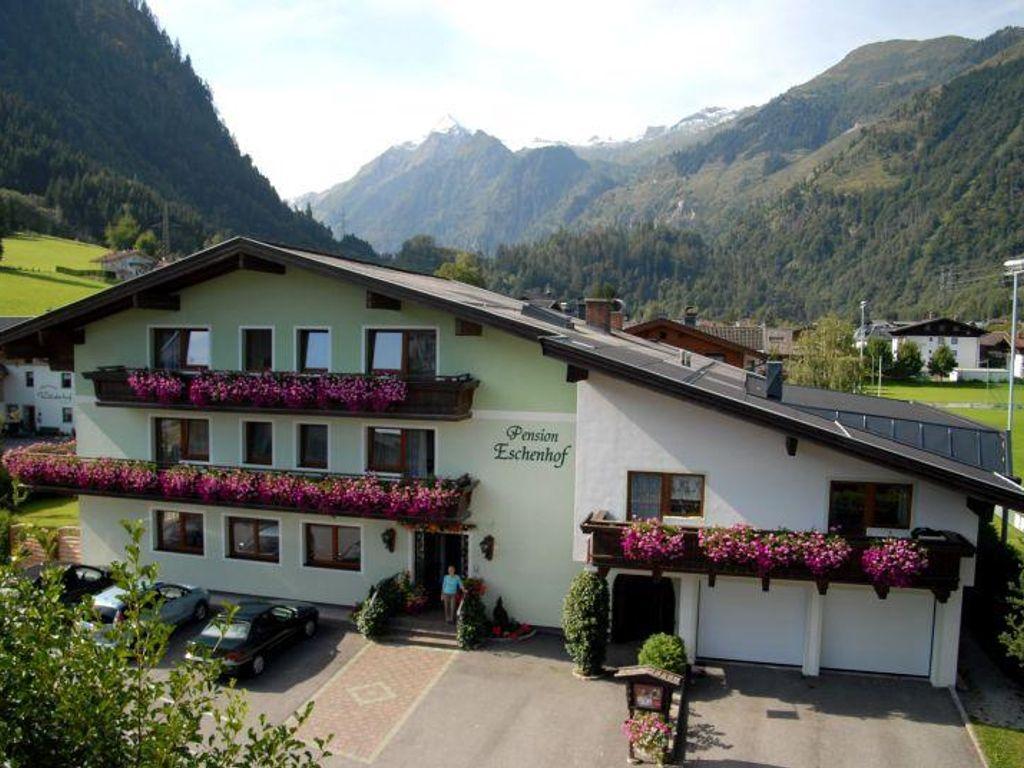Eschenhof, Pension