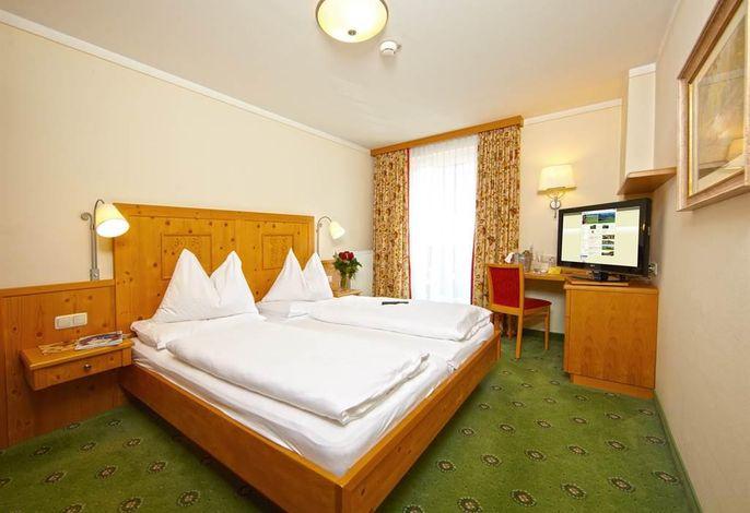 Post, Hotel