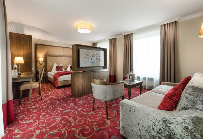 Norica, Hotel