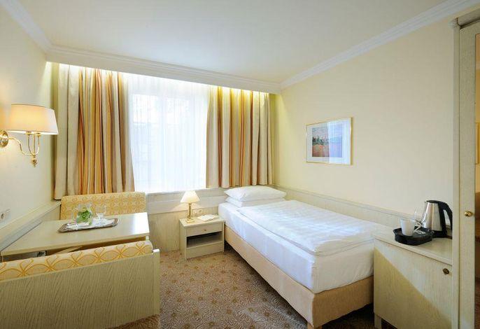 Scherer, Hotel