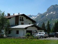 Diola, Pension Lech am Arlberg