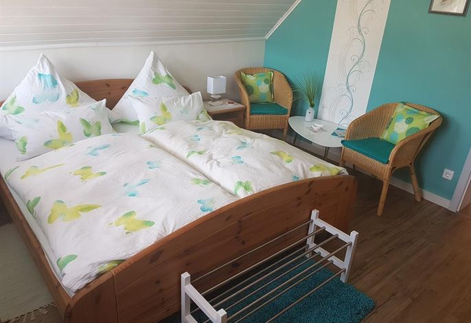 Ferienwohnung und Ferienzimmer  Hedi Sommers