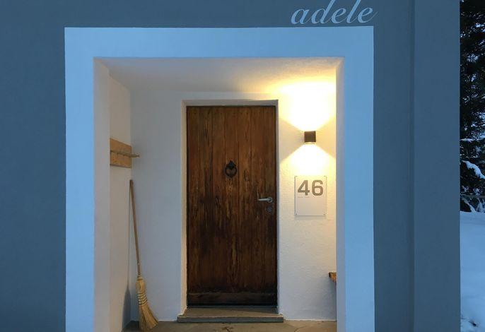 Adele Chalet/704De