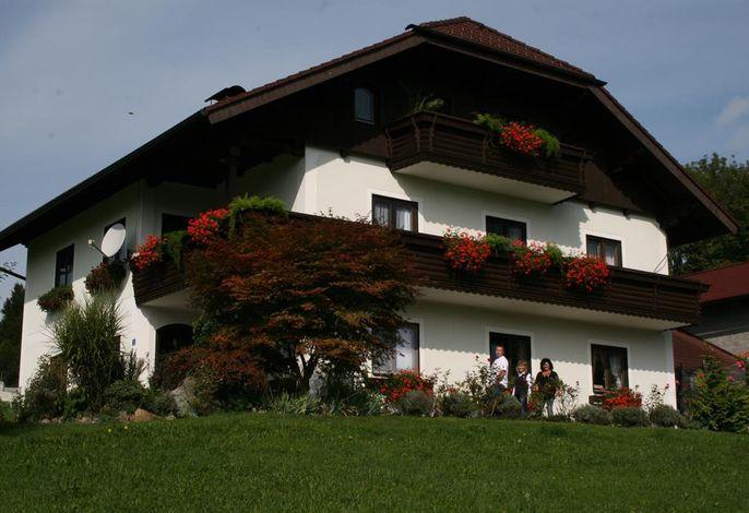 Privatzimmer Haus Winklmann Familie Schmid