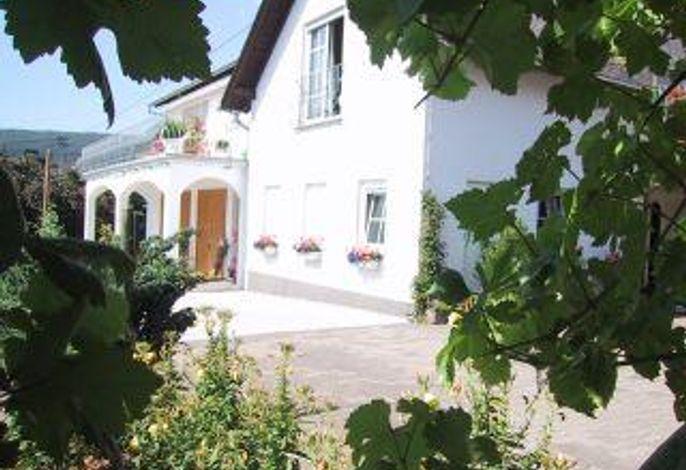 Wein- und Gästehaus Fries