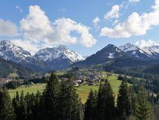 Ferienwohnung Sonnalpin - Familie Waldhaus Riezlern