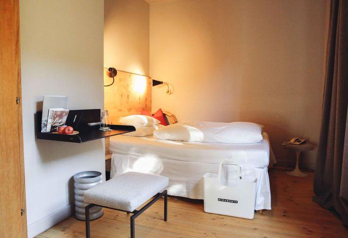 Miramonte, Hotel