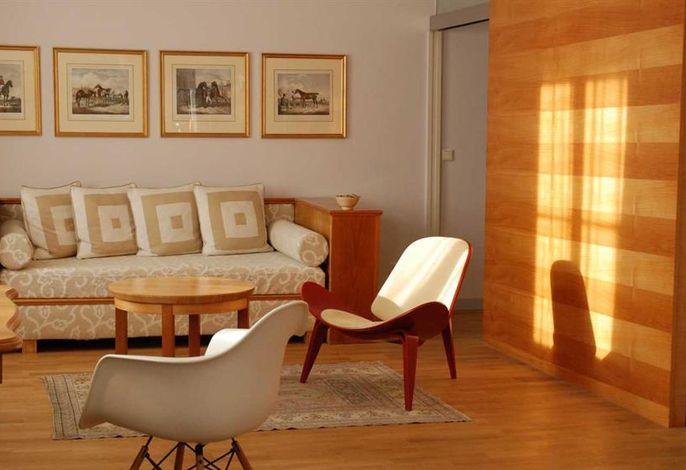 Auersperg, Hotel & Villa