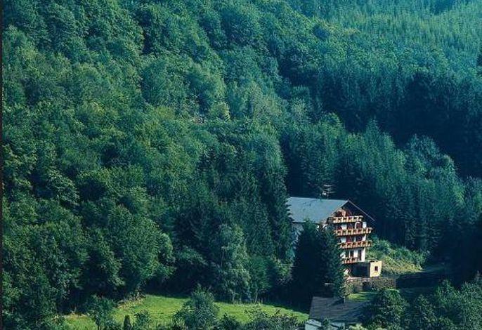 Wolffhotel-Outdoorhotel-Restaurant