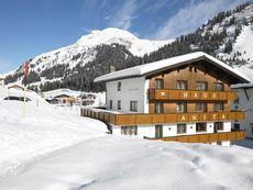 Anita, Pension Lech am Arlberg