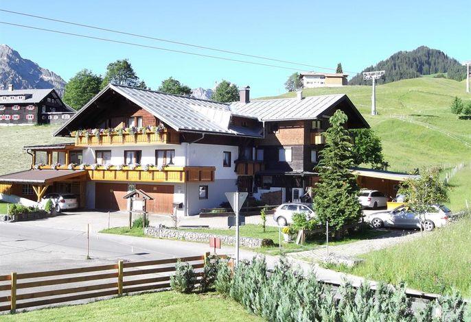 Haus am Parsennlift - Familie Nocker