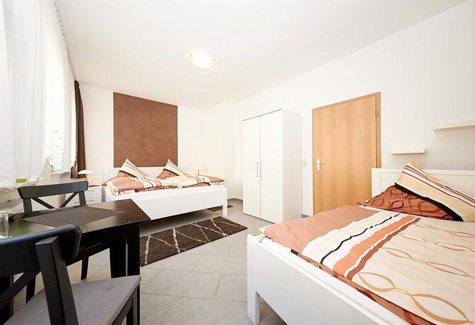 Hotel Alt-Cues