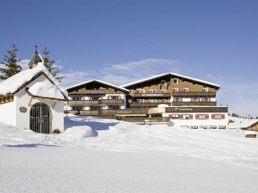 Sonnenburg, Hotel