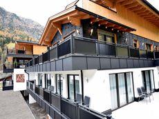 """A CASA """"Rubin Chalet & Studio Resort"""" Sölden"""