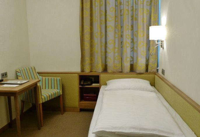 Hohenstauffen, Hotel