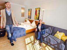 Binggl, Hotel