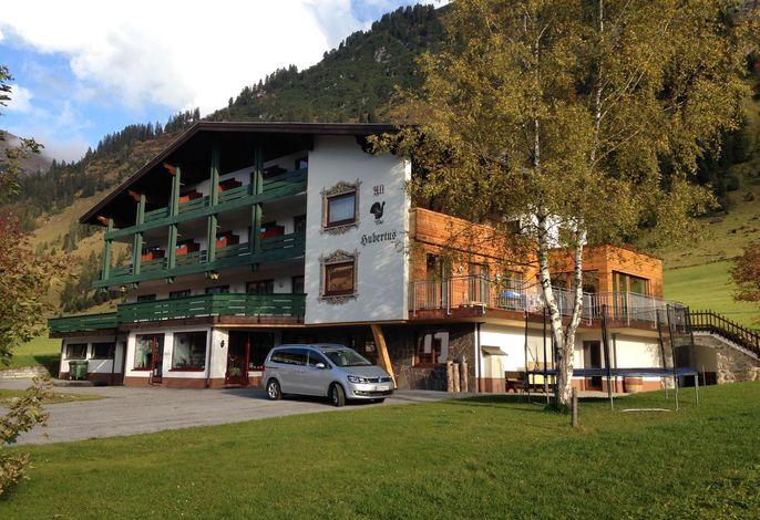 Hubertus, Hotel