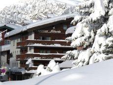 Hirlanda, Hotel Zürs am Arlberg