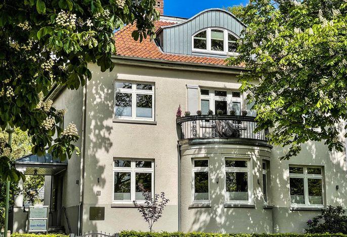 Villa Zwoelf