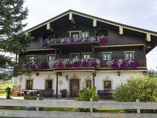 Gästehaus Weissenbach - Familie Mayr Kössen/Schwendt