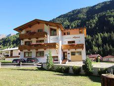 Haus Alpina und Landhaus Schöpf