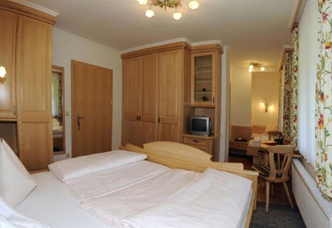 Gasthof/Pension/Appartement zur Gams