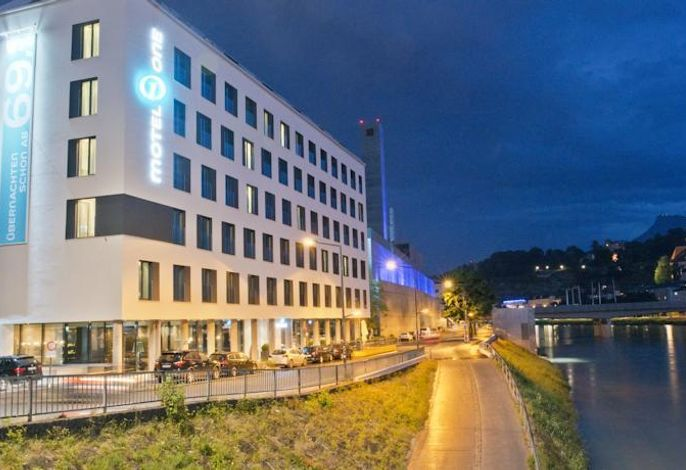 Motel One Salzburg-Mirabell, Hotel
