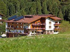 Hotel Macun