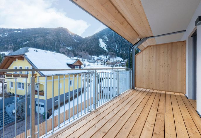 Ski & Nature Top 13