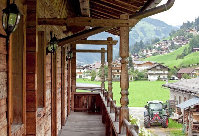 Blick zum Mayrhofen