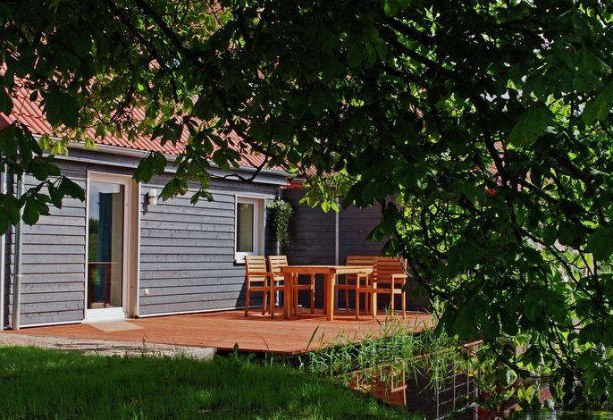 Landhaus mit Südterrasse Garten und Teich