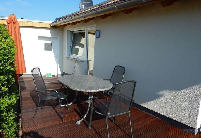 Ferienhaus Claas mit Terrasse