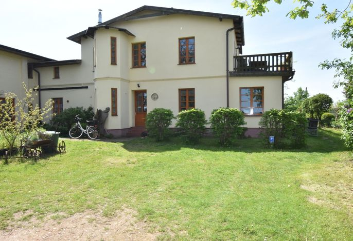 Villa Seeheim - Familienwohnung mit großem Garten - Nr 2